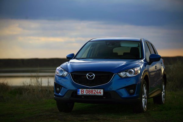 Mazda CX-5, in versiunea cu motor pe benzina, cutie automata si tractiune AWD, porneste de la 28.589 euro