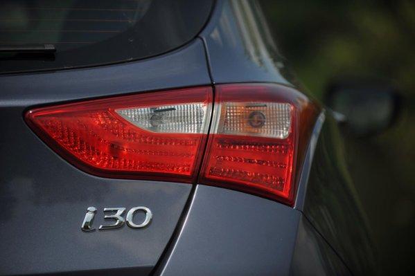 Hyundai i30 este per total o familistă compactă foarte reuşită