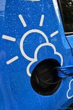 TEST: Renault ZOE vs. Volkswagen e-Up! Ce fel de maşină electrică să aleg?