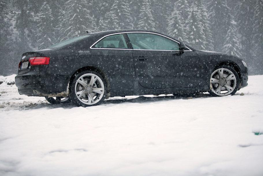 Audi A5 vs BMW Seria 3 Coupe