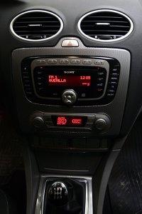 Ford Focus - Consola centrală