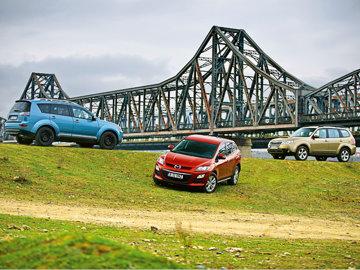 Mazda CX-7 vs Mitsubishi Outlander vs Subaru Forester
