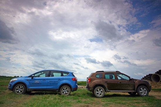 Ford Kuga e mai lung cu 13 cm fata de Dacia Duster si are un ampatament mai mare cu 2 cm