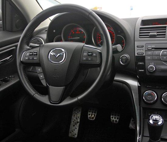 Mazda6 are cel mai bun comportament rutier: directie, timonerie, suspensie, frane