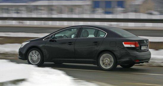 Motorul de 2.2 litri si 150 CP de pe Toyota Avensis are un comportament similar cu al TDI-ului VW