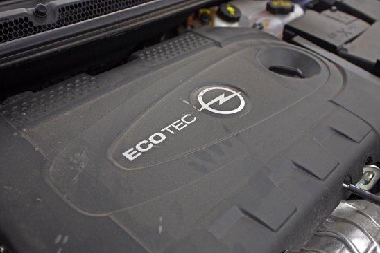 Opel Astra 2.0 CDTi: 160 CP/4.000 rpm si 350 Nm/1.750-2.500 rpm