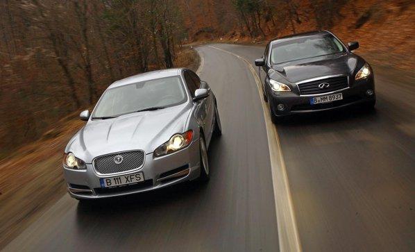 Jaguar XF D S este mai scump decat Infiniti M30d, atat in versiunile de baza, cat si full-option
