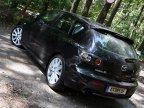 Între compacte, Mazda3 MPS vine cu o imagine diferită, de semi-break, la fel ca şi Audi A3 Sportback. Din nou, reproşuri la adresa culorii negre, care nu evidenţiază deloc detaliile aerodinamice ale caroseriei.