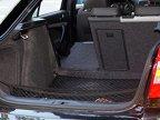 Portbagajul pantagruelic este punctul forte al lui Octavia: aproape dublu faţă de cel al lui Mazda3 MPS, dispune şi de numeroase accesorii care-i sporesc avantajele practice.