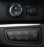 Blocul de lumini la Aveo aminteşte de modelele germane, în timp ce la Fiat Linea blocul de butoane necesită obişnuinţă