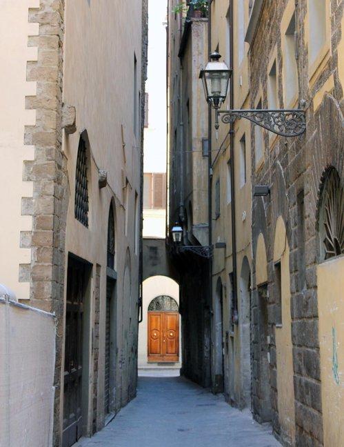 Si in Florenta sunt multe stradute inguste
