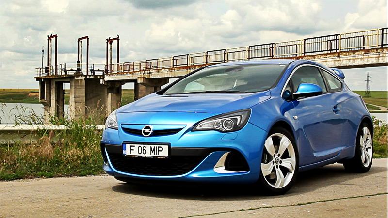VIDEO: 7 motive pentru care merită să-ţi cumperi un Opel Astra OPC