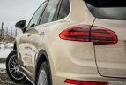 Test Porsche Cayenne Diesel & BMW X6 M50d. Etichete