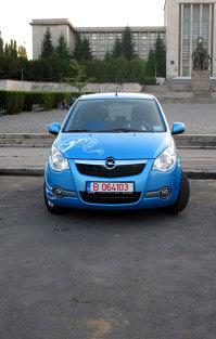 Opel Agila - o pată în peisajul gri
