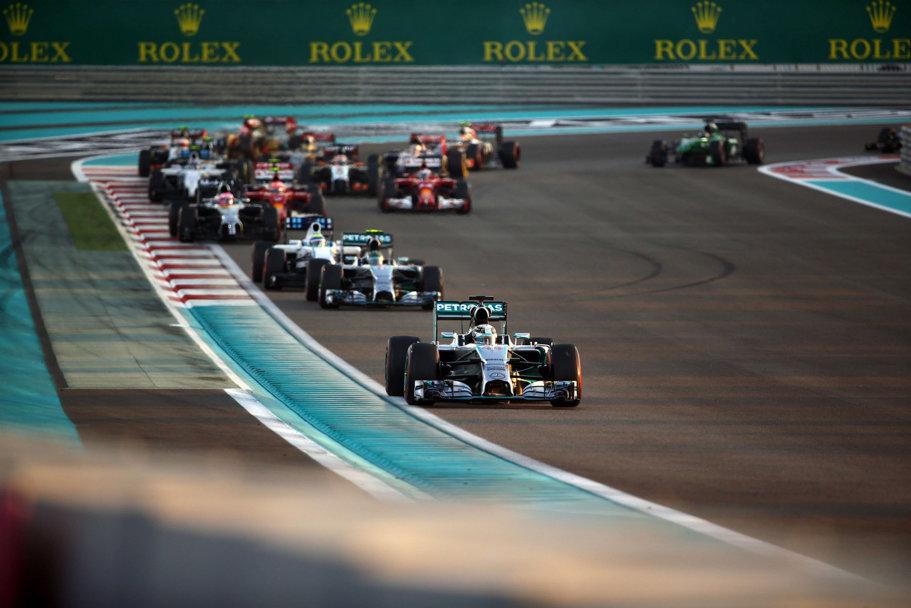 Lewis Hamilton a devenit campion mondial de Formula 1 pentru a doua oară