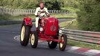 Probabil cel mai încet record de pe Nürburgring: Walter Röhrl la volanul tractorului Porsche Junior
