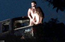 Superba actriţa de telenovele a fost surprisă în spatele unei camionete. Celui care a fotografiat-o nu i-a venit să creadă de ce e în stare - FOTO