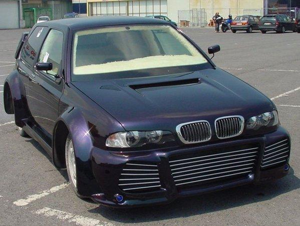 Combinatie intre pasiunea de a conduce un VW Golf 3 si visul de a avea un BMW Seria 3 E46