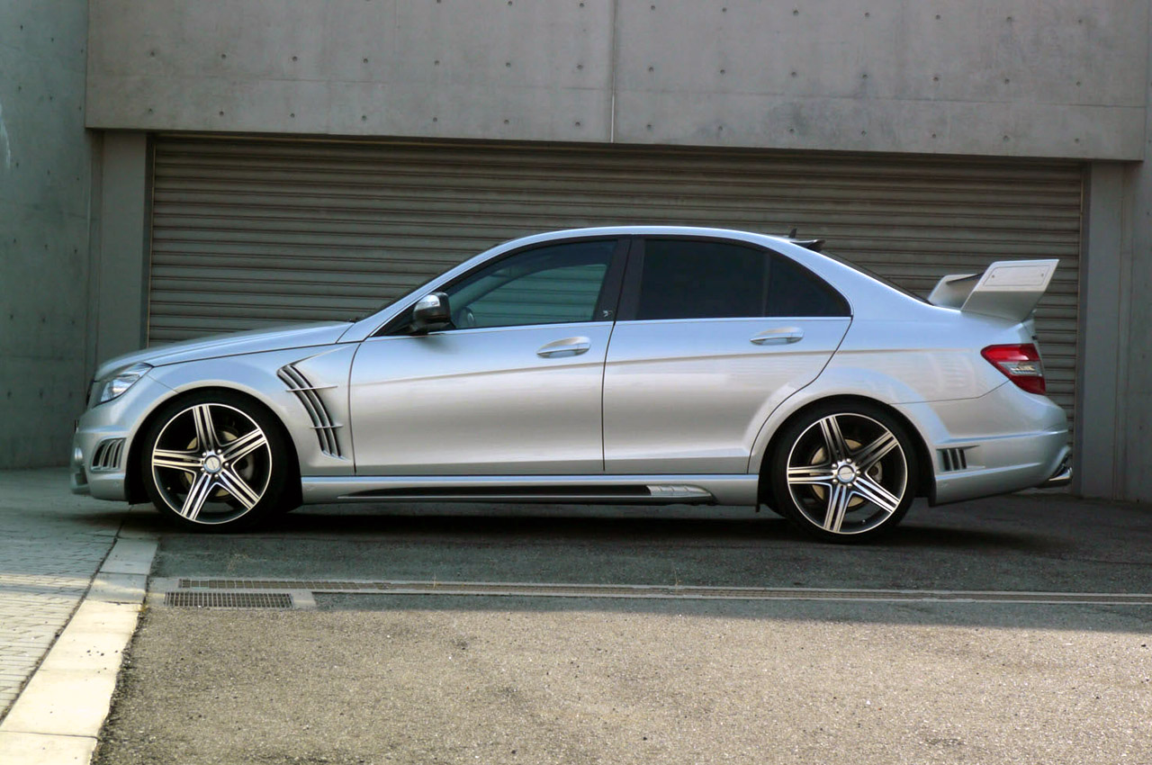 Black bison edition tuning package for the w204 mercedes benz c class - Mercedes C Class Black Bison Edition By Wald