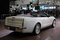 La baza este Ford Mustang