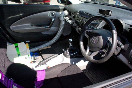 Bateriile modelului tunat Honda CR-Z by HKS au nevoie de racire suplimentara