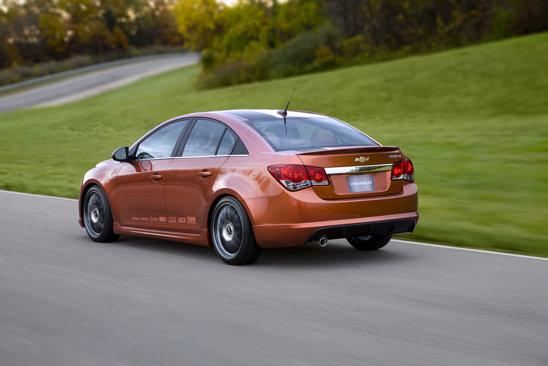Chevrolet Cruze Z-Spec vine cu multe upgrade-uri tehnice si un stil elaborat