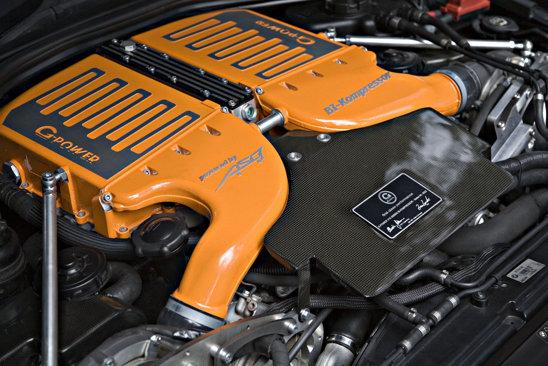 BMW M6 Hurricane RR preia propulsorul de la versiunea sedan, un V10 cu dublu compresor