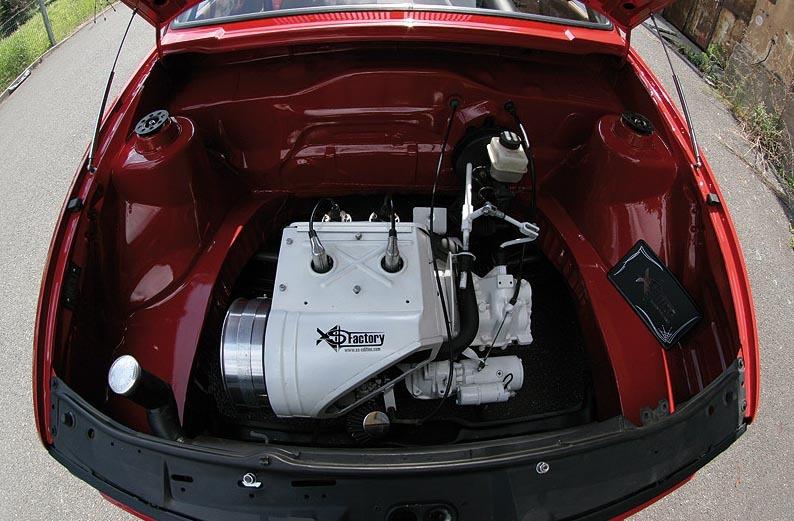 Imagini Tuning Bizar Vw Golf Cu Motor De Trabant
