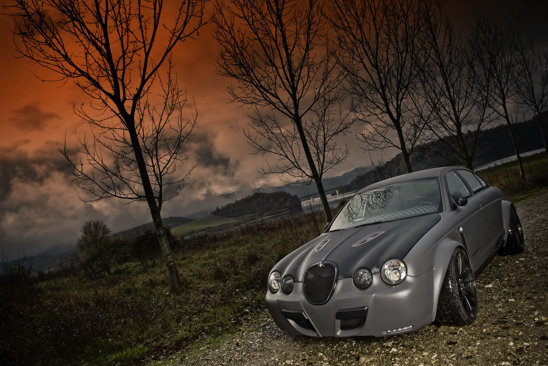 Jaguar S-Type R transformat de Panzani Design in Vintage GT