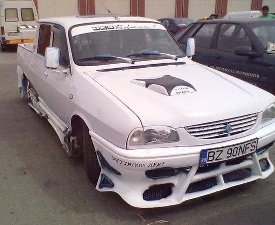 Dacia Pick-up tunata grotesc de un fan NFS si Fast and Furious