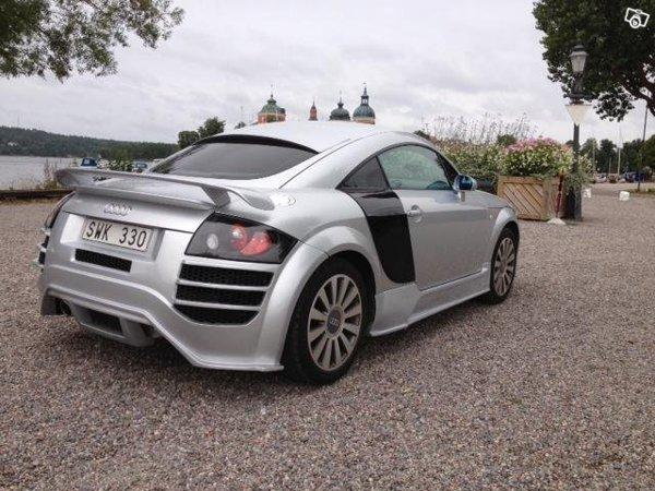 Audi TT tunat in stil Audi R8, dar in stil mediocru, care sugereaza... frustrare
