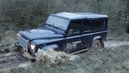 Conceptul Land Rover Defender electric, pregătit pentru Geneva