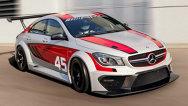 Mercedes-Benz CLA 45 AMG pentru curse pe circuit, pregătit pentru Frankfurt