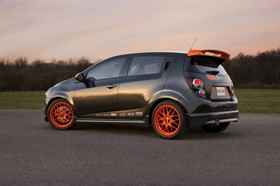 Chevrolet Sonic Z-Spec beneficiaza de un aspect exterior cu detalii orange