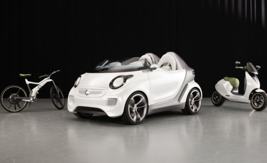 smart ForSpeed anunta o autonomie de 135 km, iar bateriile pot fi incarcate 80% in 45 de minute