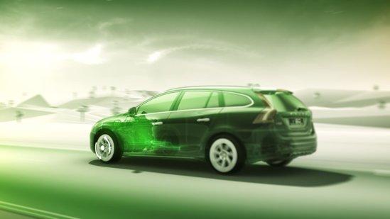 In modul Hybrid, Volvo V60 diesel plug-in hybrid consuma 1,9 litri/100 km si are emisii CO2 de 49 g/km