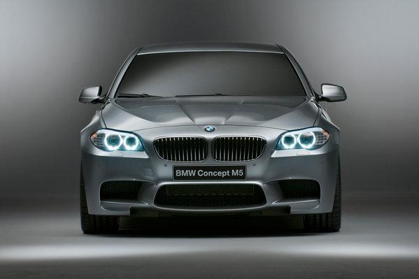 BMW M5 anunta cel mai bun comportament pentru un sedan sportiv