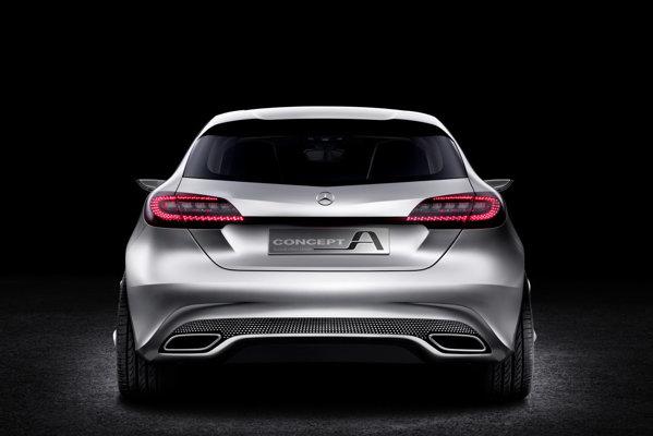 Conceptul Mercedes-Benz A-Class este dotat cu un motor turbo de 2,0 litri si 210 CP