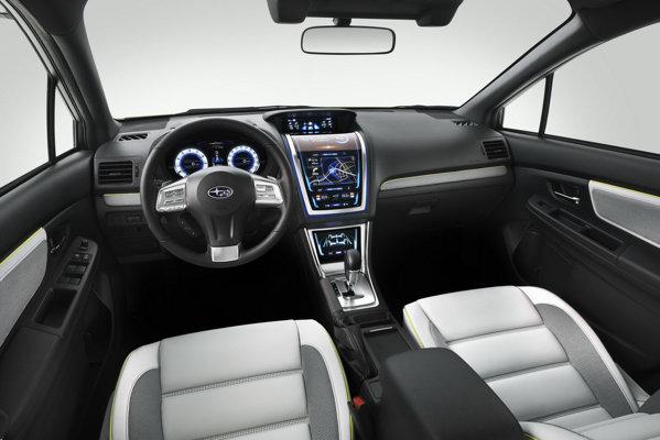 Interiorul lui Subaru XV Concept este dominat de displayurile de pe consola centrala