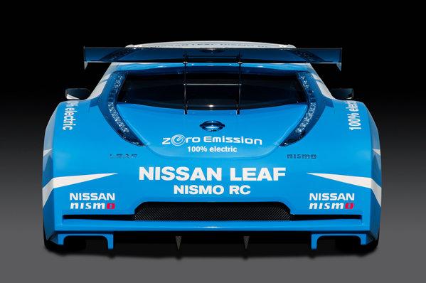 Nissan Leaf Nismo RC preia motorul si bateriile de pe modelul de serie, iar tractiunea este pe spate