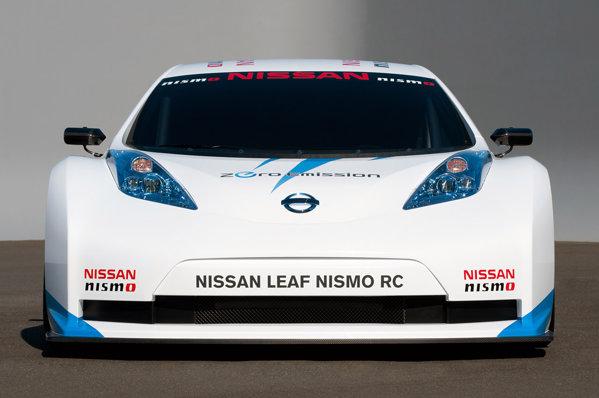 Nissan Leaf Nismo RC are sasiu din fibra de carbon si o masa totala de 940 kg