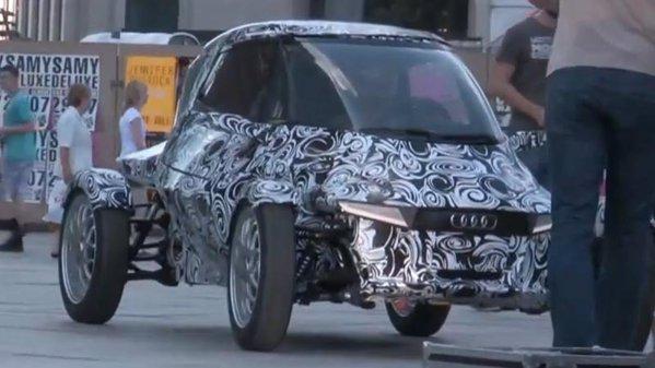 Numele vehiculat pentru ciudatul concept este Audi E1 e-tron