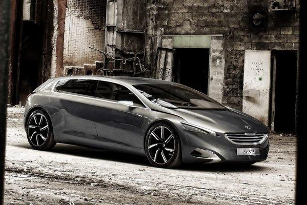 Desi are 6 locuri, Peugeot HX1 nu este un monovolum obisnuit