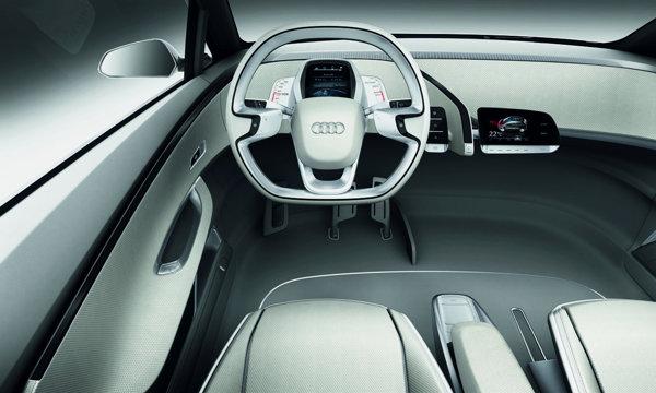 Per total, Audi A2 Concept ofera un stil mai simplist si mai pragmatic decat BMW i3