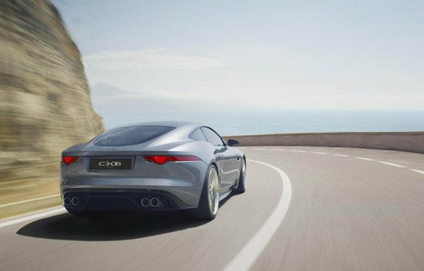 Jaguar C-X16 are sub capota un V6 supraalimentat, de 380 CP si 450 Nm