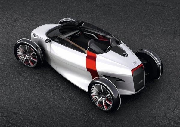Audi Urban Spyder nu are deloc plafon, iar parbrizul si geamurile sunt in stilul roadsterelor oldies