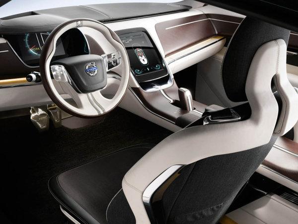 Volvo Concept You are un interior foarte luxos, dar vine si cu inovatii tehnologice interesante