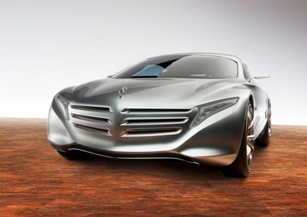 Mercedes Benz F125 prefigureaza o tehnologie care va aparea peste doua decenii in serie