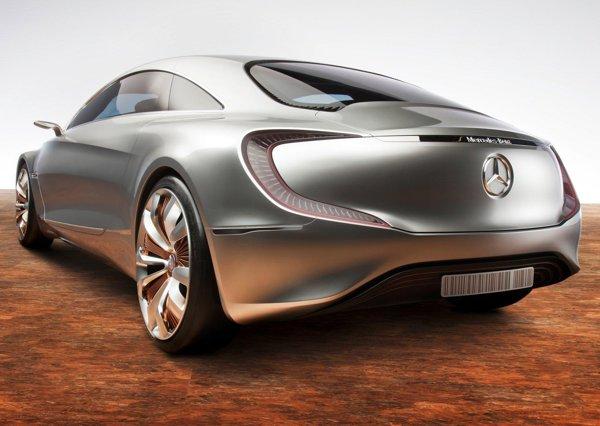 Gratie puterii maxime de 313 CP a celor patru motoare electrice, Mercedes Benz F125 are acceleratii excelente