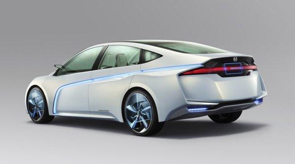 Honda AC-X promite o autonomie maxima de 1.000 km